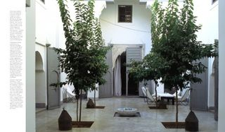 Page_ju_living_in_morrocco_01_0706041632_id_30250